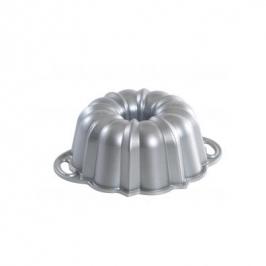 Nordic Ware 6 cup Bundt Pan