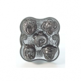 Nordic Ware Hungry Animals