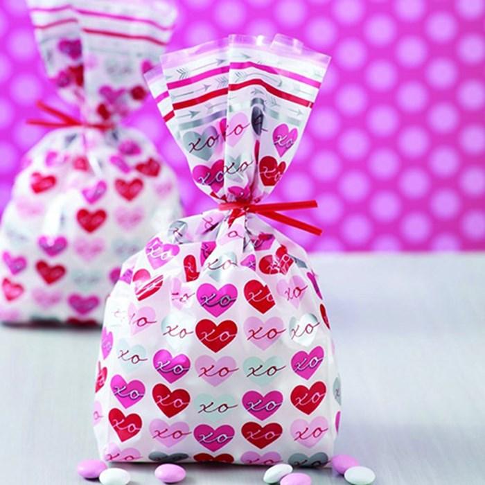 Bolsas estampadas con corazónes (20 uds)