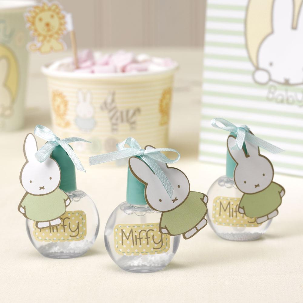 Juego de 6 mini pomperos de la colección Baby Miffy