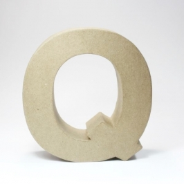 Letra Q de Cartón 17cm