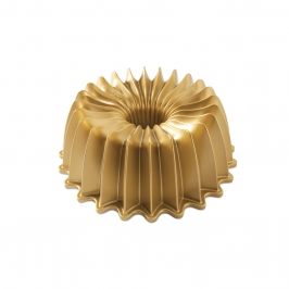 Molde Nordic Ware Brilliance Bundt Pan Dorado