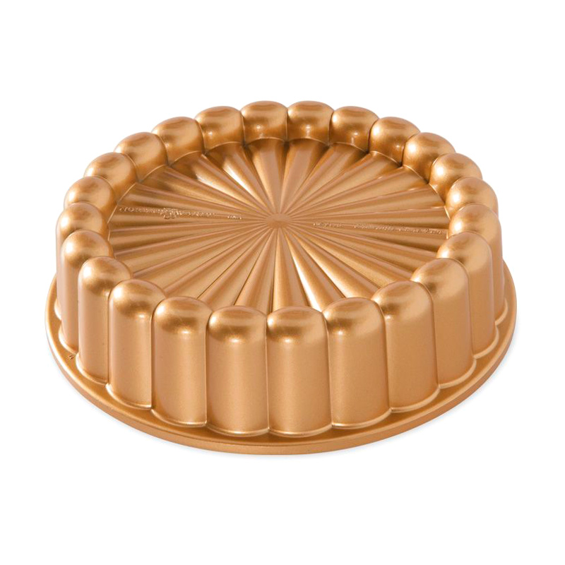 Molde Nordic Ware Charlotte Cake Dorado