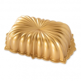 Molde Nordic Ware Classic Fluted Loaf