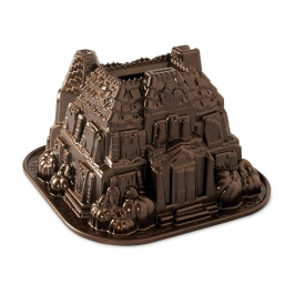 Molde Nordic Ware Haunted Manor Bundt Pan