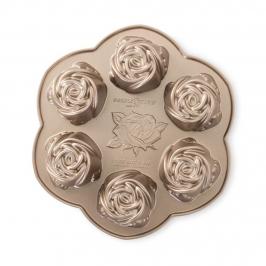 Molde Mini Rosebud Cake Pan Nordic Ware
