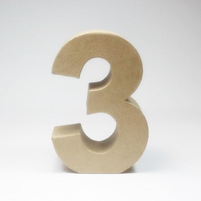 Número 3 de Cartón 17cm