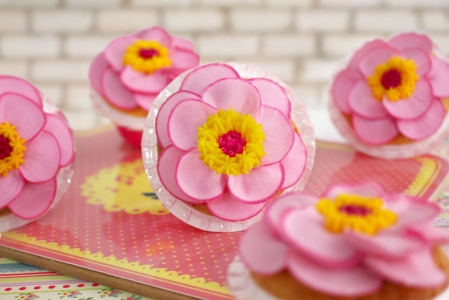 Cómo hacer una zinnia con manga pastera