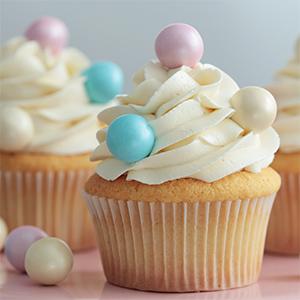 Cupcakes de chocolate blanco y batido de fresa