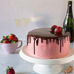 Tarta de Fresas y Champagne para San Valentín