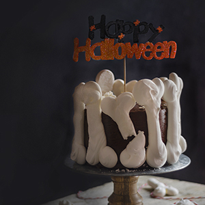 Tarta Halloween Huesos de Merengue