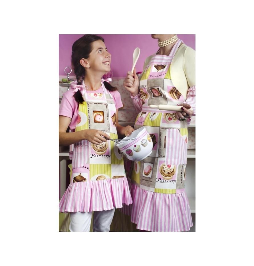 Vintage Cupcake Girl